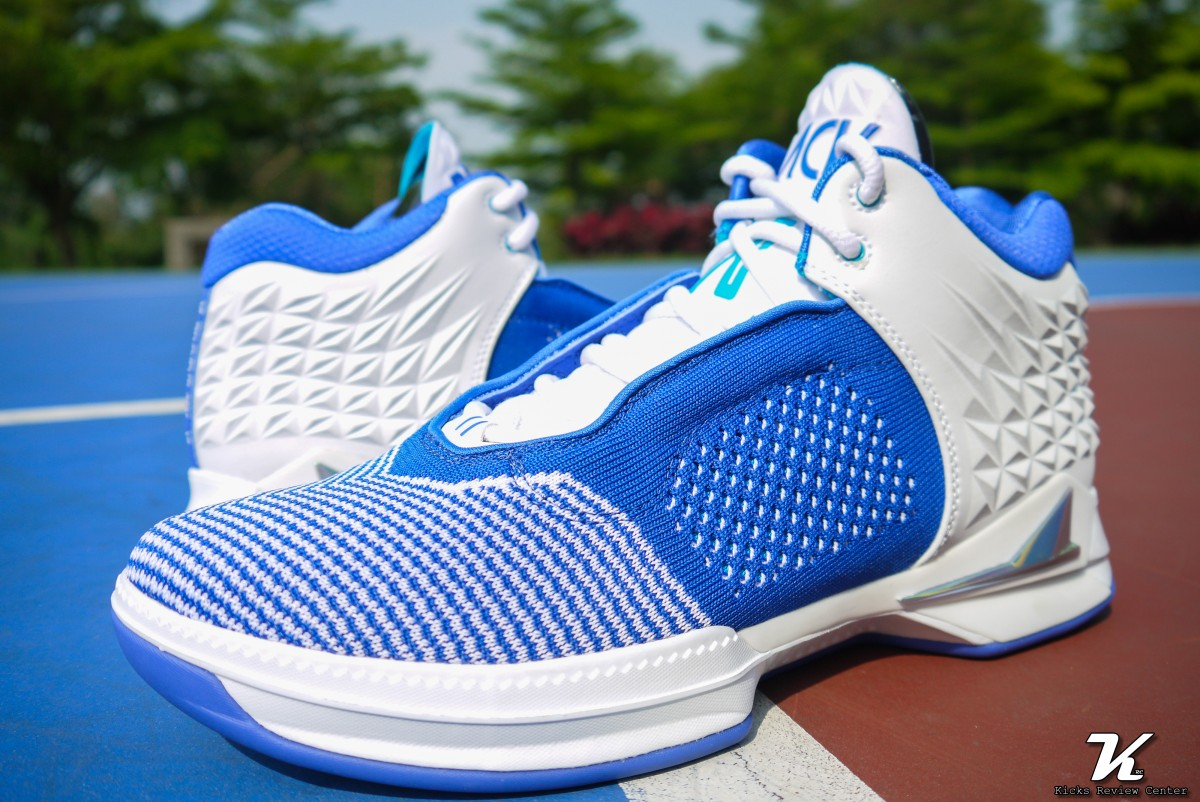 "(本次測試鞋款─BrandBlack J CROSSOVER 2 ""White/Royal"")"